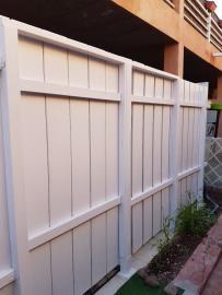 DUP-370_19_WOODEN-GATE