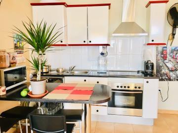 DUP-371_29_kitchen