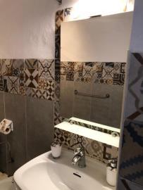 APT--411_10_Bathroom