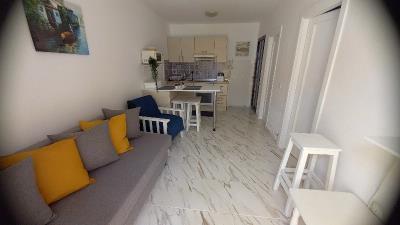 BGW-406_7_Living-room