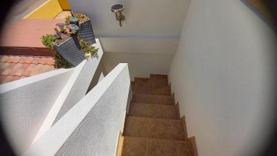 BGW-407_22_Stairs