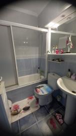 BGW-407_31_Bathroom