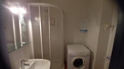 APT-419_3_Bathroom
