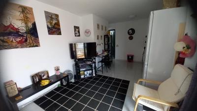 APT-420_9_Living-room-2