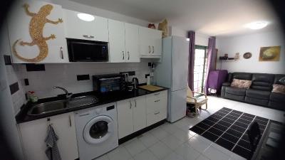 APT-420_11_Kitchen-2