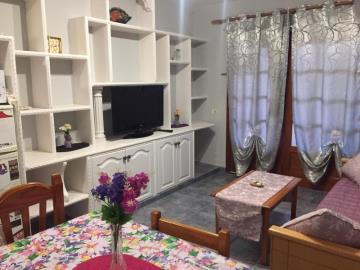 APT-421_5_Living-room