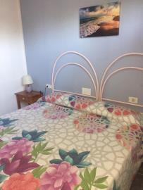 APT-421_7_-Bedroom-2