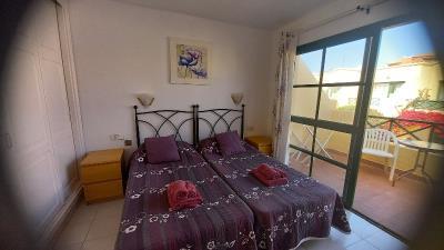 DUP--382_7_Bedroom