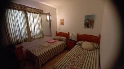APT-424_8_Twin-Bedroom