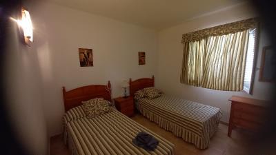 APT-424_9_Second-Twin-Bedroom