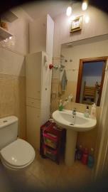 DUP-383_21_Bathroom---copia