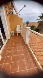 DUP-383_26_Balcony
