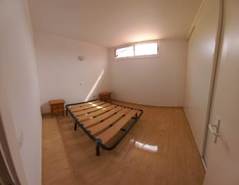 TH-151_5_Bedroom-2