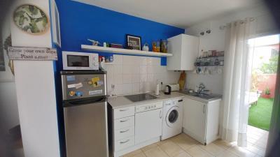 DUP-385_2_Kitchen