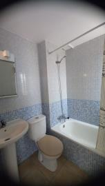 DUP-385_4_Bathroom