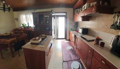 VIL-248_14_Kitchen-2