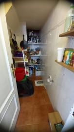 TH-149_17_storage-room