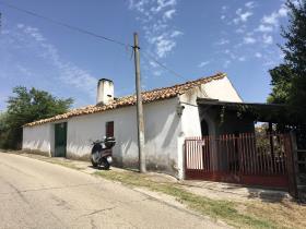 Casalbordino, Farmhouse