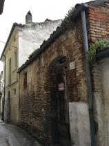 Torino di Sangro, Townhouse