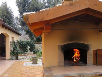 11-Pizza-wood-oven