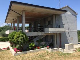 Casoli, House/Villa