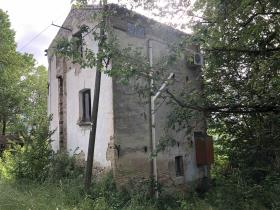 Image No.40-1 Bed Farmhouse for sale