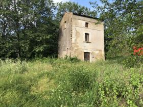 Image No.0-1 Bed Farmhouse for sale