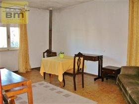 Image No.25-4 Bed House for sale