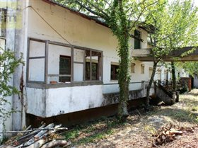 Image No.14-10 Bed Farmhouse for sale