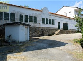 Image No.2-10 Bed Farmhouse for sale