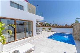 Image No.1-Villa de 3 chambres à vendre à Torre de la Horadada