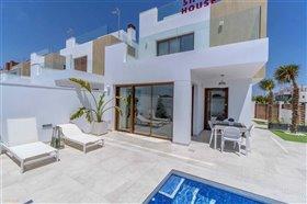 Image No.2-Villa de 3 chambres à vendre à Torre de la Horadada
