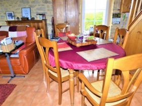 Image No.3-3 Bed Cottage for sale