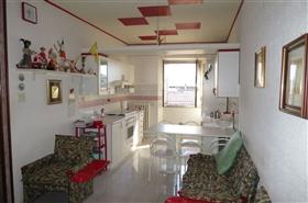 Image No.1-Appartement de 2 chambres à vendre à Castiglione Messer Raimondo