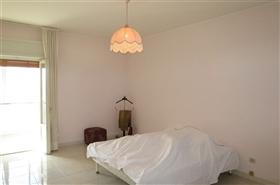 Image No.5-Appartement de 2 chambres à vendre à Castiglione Messer Raimondo