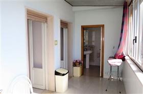 Image No.7-Appartement de 2 chambres à vendre à Castiglione Messer Raimondo