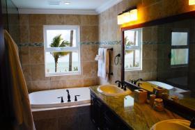 Image No.15-Maison / Villa de 4 chambres à vendre à Grand Bahama