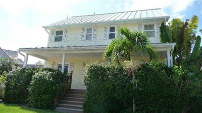 1 - Grand Bahama, House