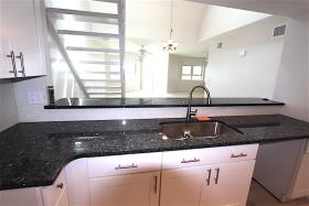 Image No.3-Condo de 3 chambres à vendre à Grand Bahama