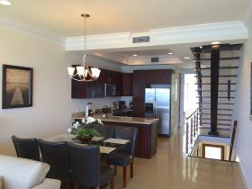Image No.3-Maison de ville de 3 chambres à vendre à Nassau & Paradise Island