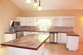 Image No.2-Maison / Villa de 5 chambres à vendre à Grenada
