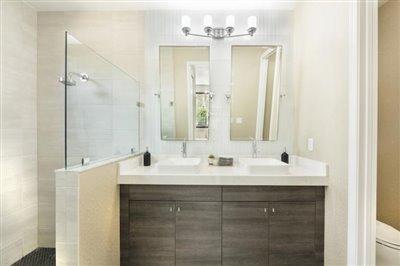 Fernwood-Bathroom