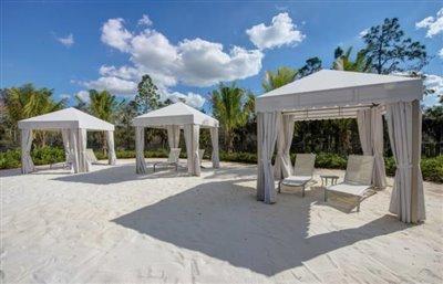 Cabana-Lounge-Area