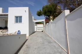 Image No.7-2 Bed Villa / Detached for sale