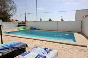 Image No.1-2 Bed Villa / Detached for sale