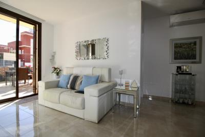 2-bed-2-bath-apartment-for-sale-in-Lomas-de-cabo-roig-by-Pinarproperties-0014