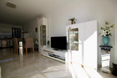 2-bed-2-bath-apartment-for-sale-in-Lomas-de-cabo-roig-by-Pinarproperties-0019