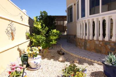 3bed-2bath-villa-for-sale-in-Pinar-de-Campoverde-by-Pinar-properties-0053