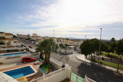 3bed-2bath-villa-for-sale-in-Pinar-de-Campoverde-by-Pinar-properties-0035