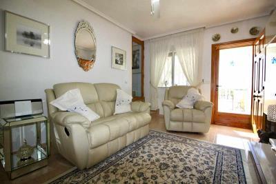 3bed-2bath-villa-for-sale-in-Pinar-de-Campoverde-by-Pinar-properties-0018